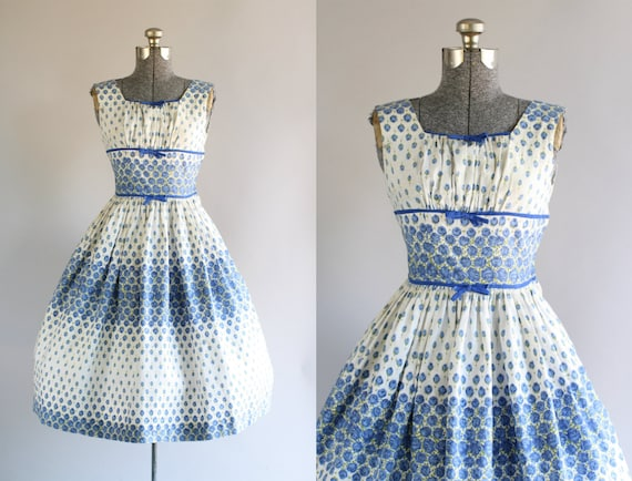 Jahrgang 1950 Kleid / 50er Jahre Kleid Baumwolle / Blue Rose