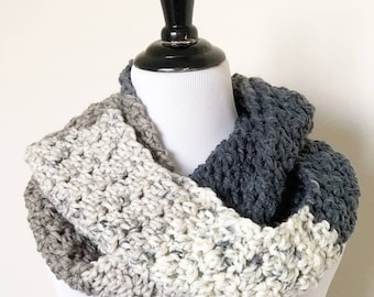 Chunky Infinity Scarf in Cookies and Cream
