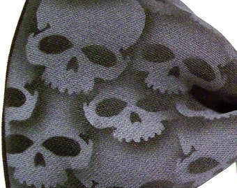 Bow tie, Black and Gray skull tie. Mens pre tied adjustable collar band bow tie by RokGear
