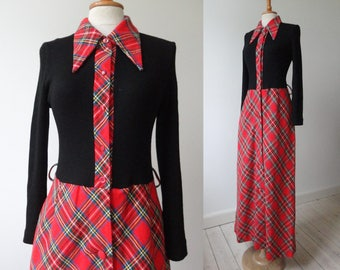 Red Black 70s Tartan Vintage Maxi Dress With Big Collar // Roesgh // Size 42 // Made In Germany