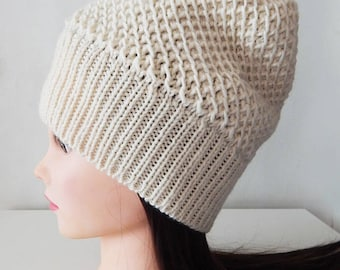 Knitted milky wool hat, cream hat, white hat, womens beret hat, knitted winter hat, milky hat, spring hat, ecru hat, superwash hat