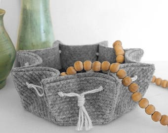 Scalloped Ribbed Felt Bowl – Mod Scandi Organic Design