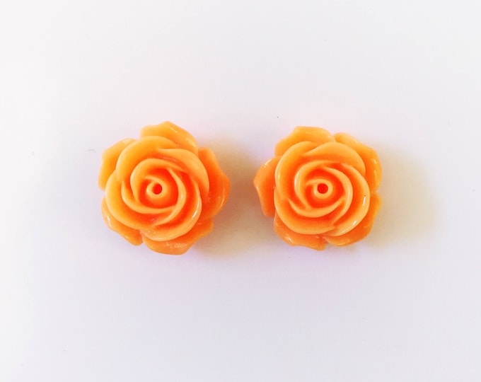 The 'Amy' Flower Earring Studs