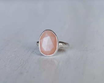 Peach Moonstone Ring - Peach Moonstone Jewelry (MADE TO ORDER)