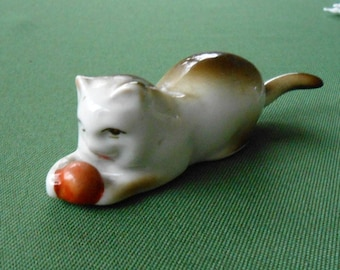 ZSOLNAY porcelain, cat with ball