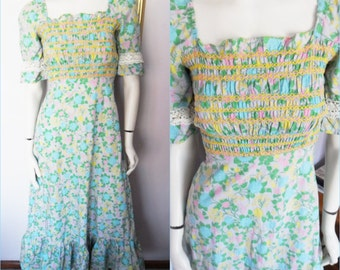 Vtg.1960/70s Dollyrocker Smocked Floral Maxi Dress.Small.Bust 34.Waist 26.