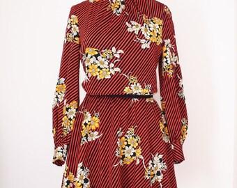 Vintage flower bouquet dress with crimson black pattern, Japan