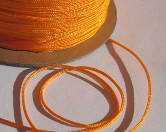 1 m of thread for jewelry, cotton and polyester 1 mm thick approximately (56)