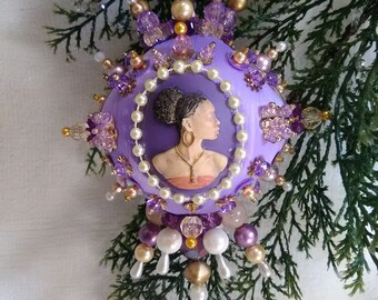 Regina the Queen beaded satin ornament