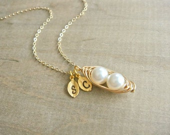 Personalized 2 Peas in a Pod wrapped in Gold Filled Wire - Choose your Initial and Pearl Color - Mother's Day