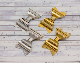 Silver bow Gold bow Faux Leather Bow Mirror Shining bow Wedding party outfit Leatherette clip Glitter bow Baby toddler bow Metallic hair bow