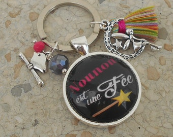 """Key ring special end of the year """"nannies is a fairy"""""""