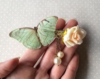 Handgefertigte Haarspange mit Rose Blume, Baumwolle und Seide Organza Schmetterlinge, Spitze und Vintage Glasperlen in Seafoam, Elfenbein und rosa OOAK
