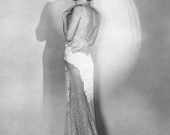 1930's Era Classic Image-Constance Bennett-Black and White print [730-698] Hollywood Glamour