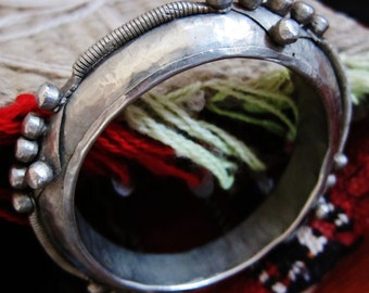 Unique Handmade Bangle Old Bracelet with knobs from Mauretanie