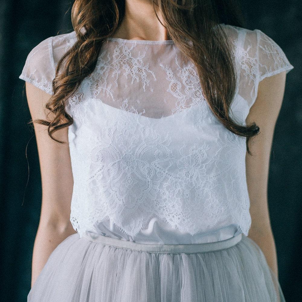 Spitzentop Hochzeit Braut Spitze Ernte oben mit einer Kappe