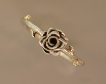 Thorned Rose Ring