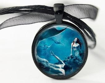 Mermaid and Merman Pendant, Merman Triton, son of Poseidon and Amphitrite, Round Necklace, Art Illustration, Underwater Art, chain included