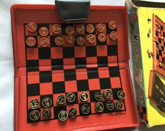 Vintage Magnetic Chess Set Complete In Original Box Made In Hong Kong