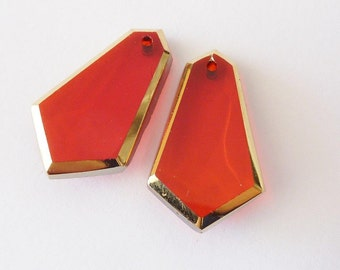 2 glass pendants, 22x13mm, red, pear