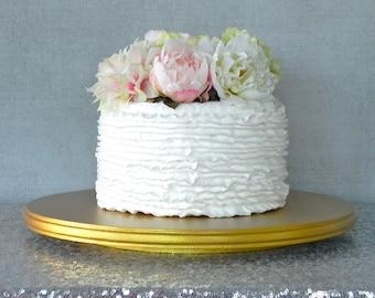 A Favorite Cake Stand Shop of Martha Stewart by EIsabellaDesigns