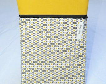 Book cover graphic honeycomb yellow and black yellow
