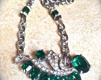 Green rhinestone necklace- Handmade Jewelry-Vintage Rhinestone Necklace- Emerald Green Necklace- Green Rhinestone- Art Deco Necklace