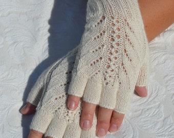 White half finger gloves,hand-knitted half finger gloves, handmade women's white gloves,knit merino wool gloves, white arm warmers