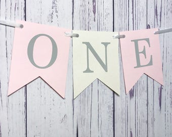 First Birthday High Chair Banner, Highchair Banner, Flag Banner, Baby Girl First Birthday, 1st Birthday, Pink and Grey Party Decor, I Am One