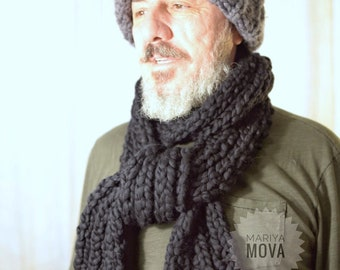 Men's merino hand knit chunky yarn black scarf