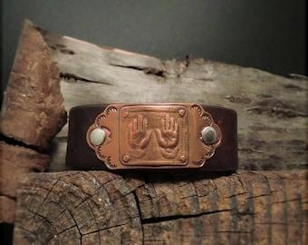 "B1542  SALE ""Healing Hands"" Badge Leather Cuff"
