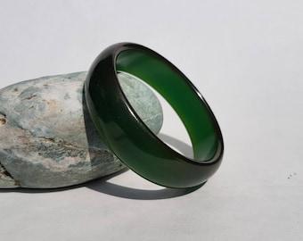 1950s Emerald Green BAKELITE /  Prystal Bangle  Tested. Vintage Bakelite