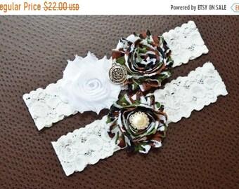 ON SALE US Army Wedding Garter Set, Army Bridal Garter Set, United States Army, White Lace Wedding Garter, Camo Garter, Army Garter, Camoufl