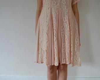1990s Vintage Pink Lace Babydoll Dress