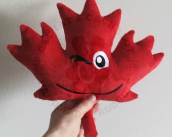 Stuffed Maple Leaf made in red Minky, Cachat and Cachalot, for baby and toddler, birth gift, baby shower