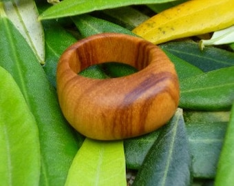 Olive wood ring - US Size 5