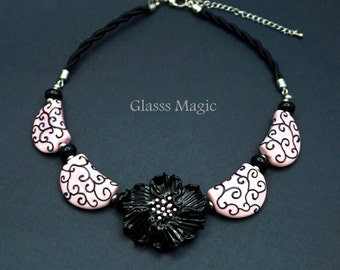 Pink Glamour Glass Necklace, lampwork jewelry, murano glass, flamework, for her, pink beads, elegant, french, chic, floral, black flower
