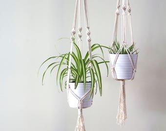Spiral macrame plant hanger
