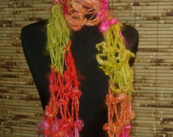 Scarf Hand Knitted Wool GOLDY LOCKS