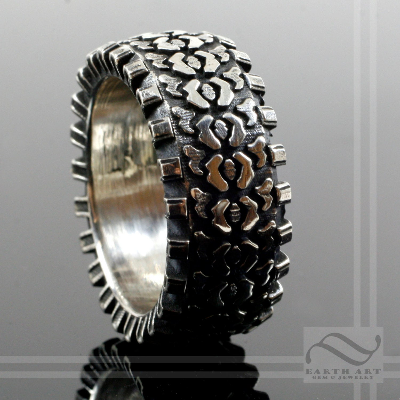 zoom - Tire Wedding Rings