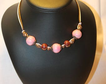Choker necklace pink and chocolate, ceramic beads.