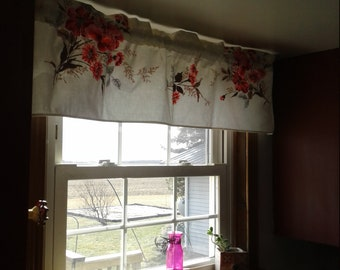 Retro Valance curtain kitchen window covering vintage fabric red flowers dining room