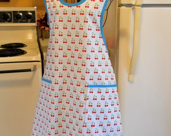 Women's Vintage Style Full Apron with Cherries