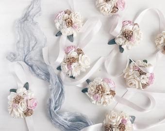 Flower wrist corsage, Pale pink bridesmaid corsage, bridal wrist corsage, weddings, pink white flower bracelet, weddings