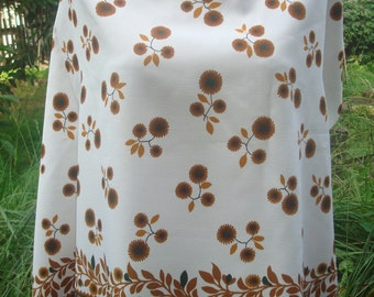 Floral Fabric, Vintage Silk, Brown Flowers, Vintage Material, White and Brown, Floral Print Fabric, Fabric By The Yard, Floral Material