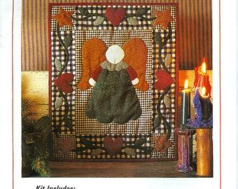 """1995 Little Angel with Border of Stars and Hearts NIP DIY Wallhanging Quilt Kit 13"""" x 15"""" - Rachel's of Greenfield Fabric K0495"""