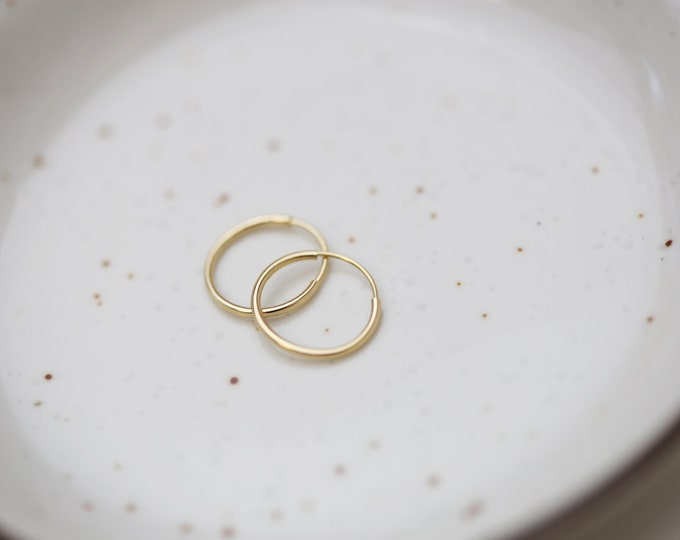 14K gold Endless Hoop Earrings // 14K solid Gold Hoop Earrings // white gold Big hoops / Big circle Earrings // Gifts for her