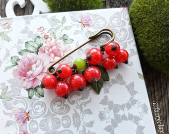 Red currant brooche from polymer clay, handmade brooche, polymer clay berries, polymer clay brooche, original gift, beautiful jewelry
