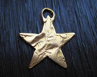 Rustic Textured Artisan Star Charm and Pendant in Gold Bronze (one) (N)
