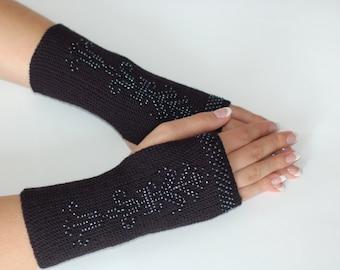 Wrist warmers